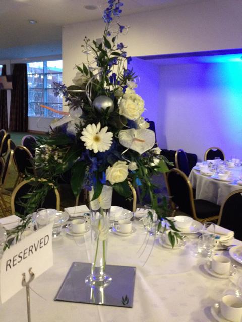 Wedding ceremony table decorations wedding flowers for Wedding ceremony table decorations